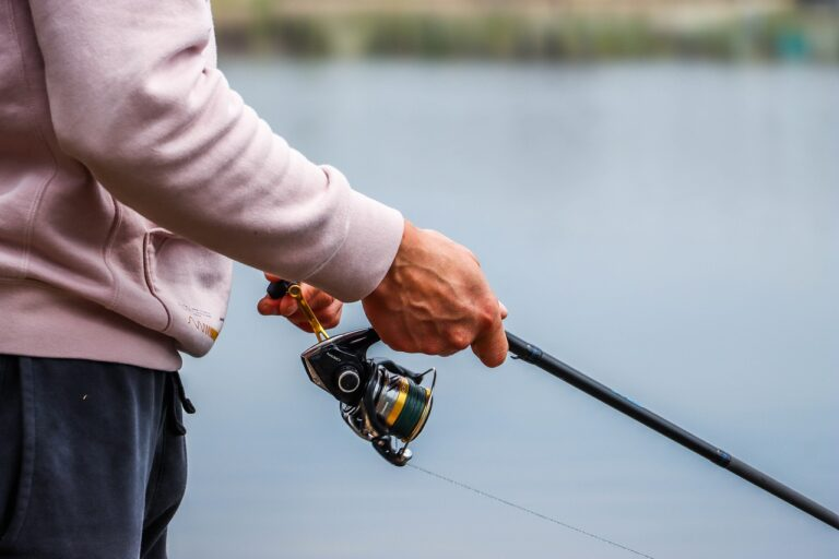 How Do You Stop The Backlash On A Spinning Reel